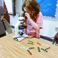 20150727 Girl at microscope